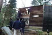Repairing a cabin