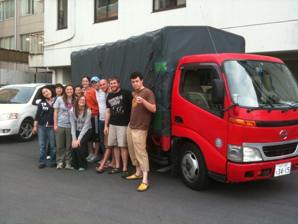 Relief team going to Ishinomaki, June 2, 2011